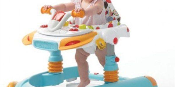 С какого возраста ребенка можно сажать в ходунки